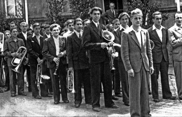 Katholische Jugendkapelle Gemünden zum Empfang des Bischofs 1950